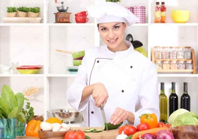 ndihmese kuzhiniere 💥Kerkohet Ndihmese Kuzhiniere per restorant me vetesherbim💥