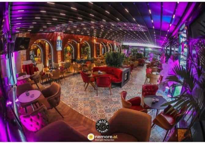 marredhenie publiku 🔈 Union Lounge kerkon te punesoje barist