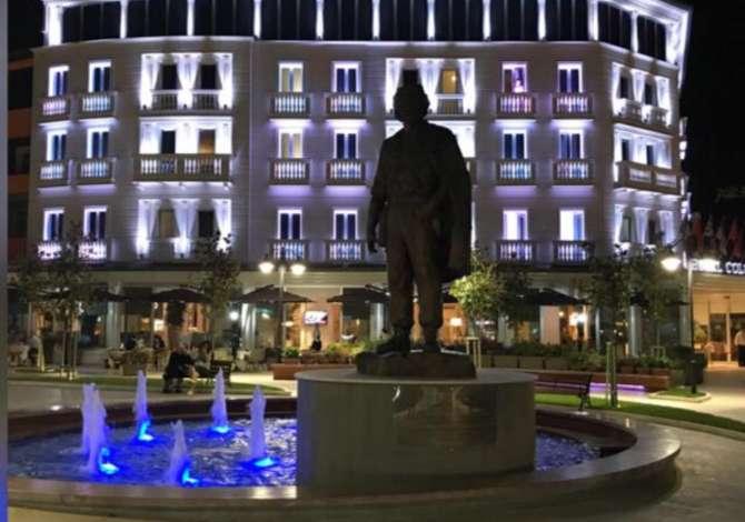 w tirana  Hotel Colosseo kerkon te punesoje kamarier restoranti dhe kamariere per sherbim