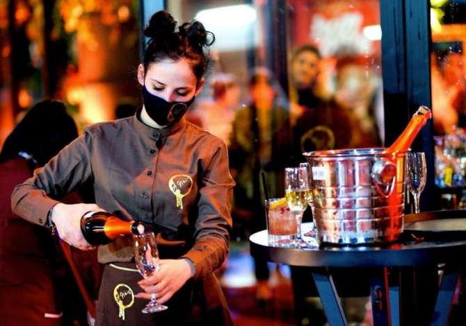 per femije Bar A'Noir Lounge kerkon te punesoje staf