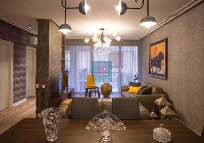 shtepi me qera Apartament 3+1 me qera ne Rrugen e Dibres, prane Selvise ne Tirane (ID 4231115)