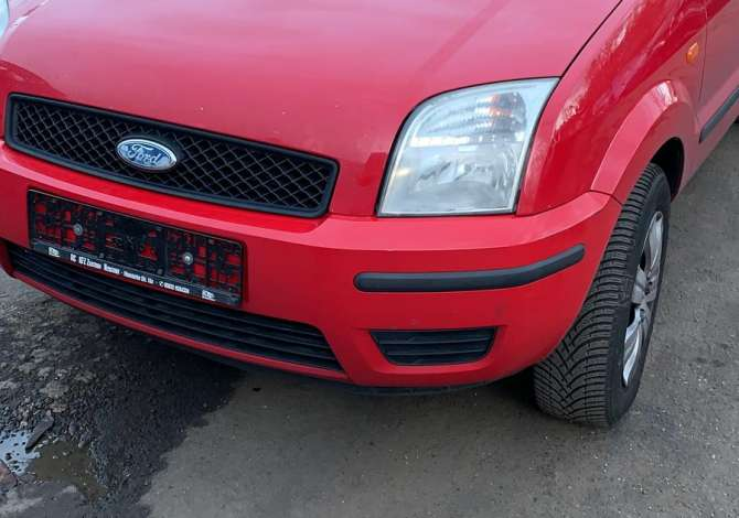 pjese kembimi Ford Fusion viti 2005 i sapoardhur nga Gjermania, çmontohet për pjesë këmbim