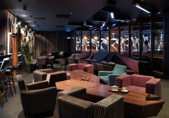 ndihmes kamarier Bar Lounge prane Ring Center  kerkon te zgjeroje Staf